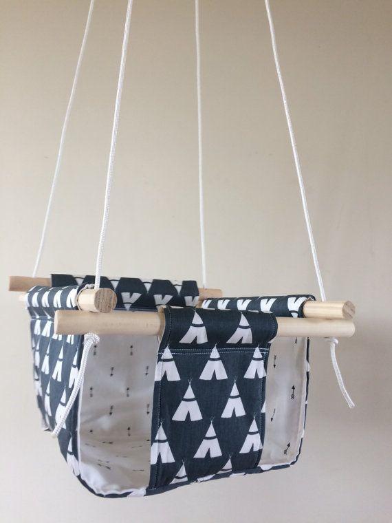 les 25 meilleures id es de la cat gorie balancoire bebe sur pinterest balancelle b b. Black Bedroom Furniture Sets. Home Design Ideas