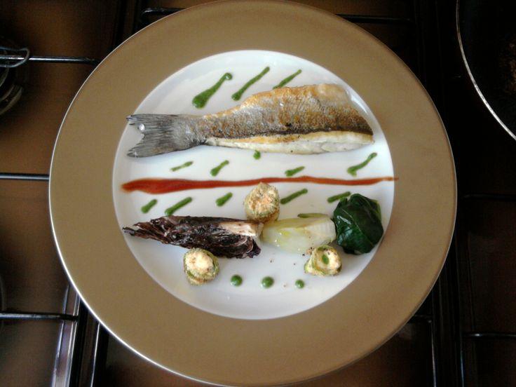 JHS * /  Bar grillé aux petits légumes et sauce au fenouil Gino D'Aquino