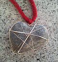 Beach stone & silver pendant by Met passion design