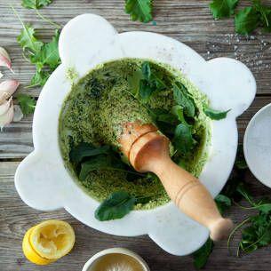 Använd peston på pasta, tortellini, potatis, fisk eller kött!