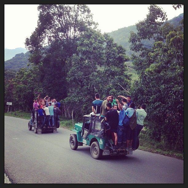 Viajando en Jeep Willys en camino a Genova, Quindio. Foto gracias a http://instagram.com/jarevalo20