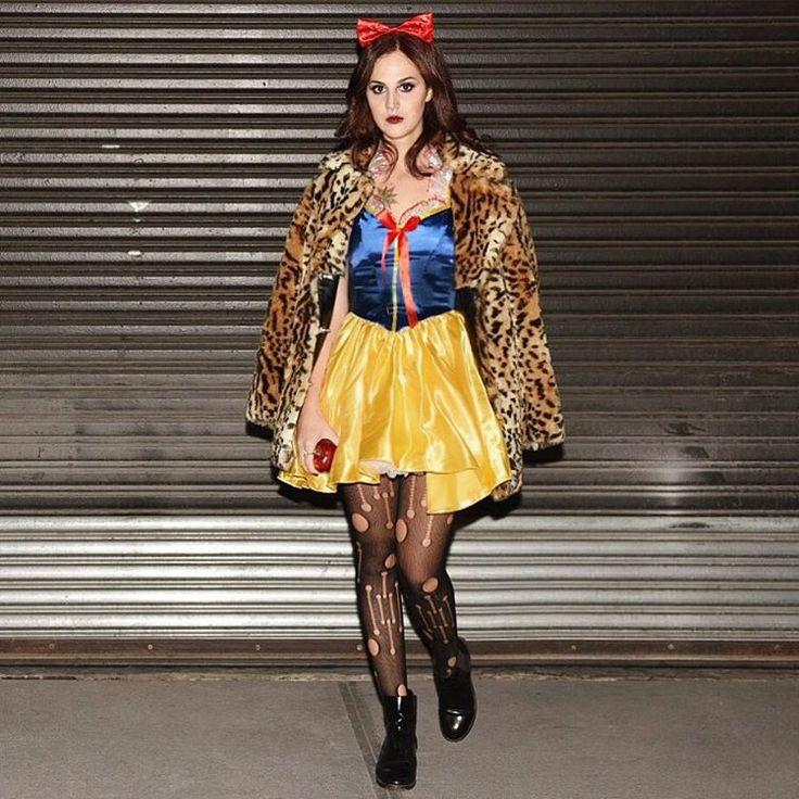 The full punk Snow White costume ⛄️⚡️que diversão - nem sei dizer! #camievictakeny