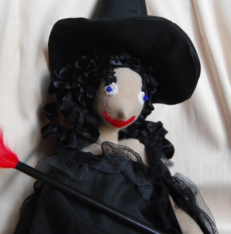 Hullámos Rongyboszorkány portré - RagWitch with curly black hair, portrait