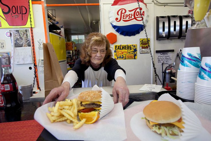 Hard work, long hours not enough as retirement nears for Portland burger stand owner | OregonLive.com