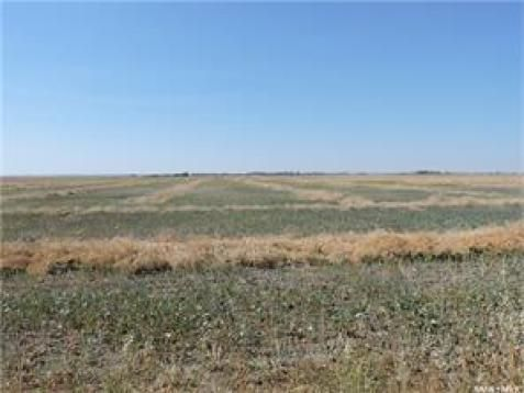 Province: Saskatchewan  Farm Type: Bare land  Total Acreage: 3083.00  #Findyourdreamproperty