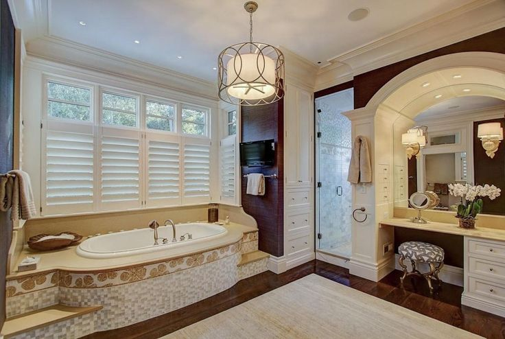 View 26 photos of this $4,999,999, 4 bed, 6.0 bath, 6375 sqft single family home located at 8045 White Cliff Rd, Egg Harbor, WI 54209 built in 2008. MLS # 1510636.