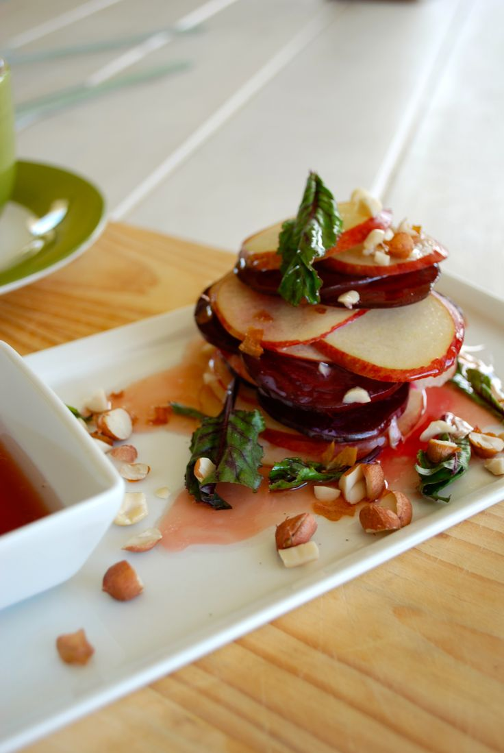 Beetroot and apple salad w red wine vinegarette