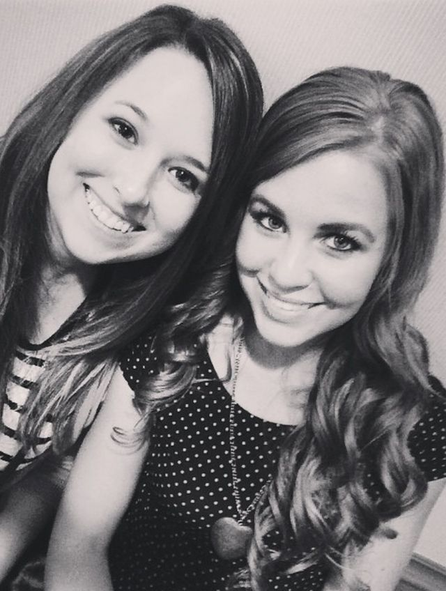 John David Duggar is reportedly courting! ~ Anyway, Jana looks AMAZING in this photo. Shine on girl. You are beautiful.