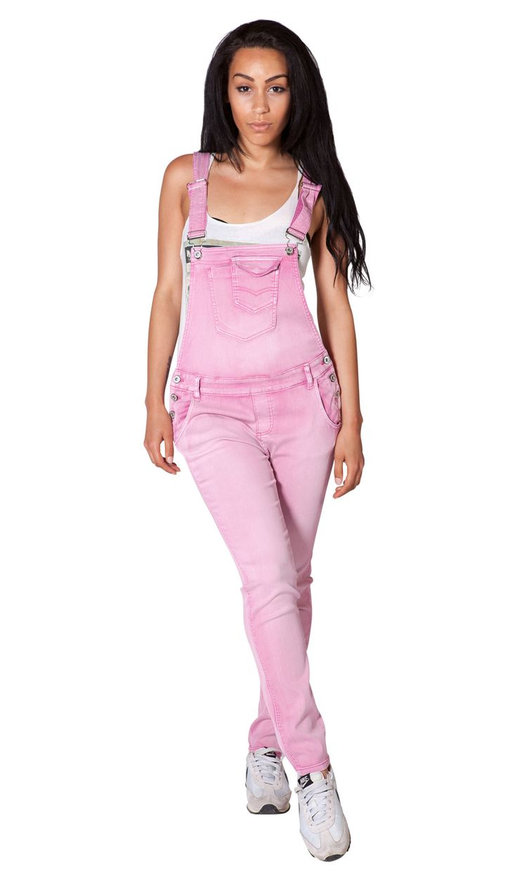 Cute and fashionable pale pink dungarees for women from Dungarees Online. #dungarees #overalls #summerfashion