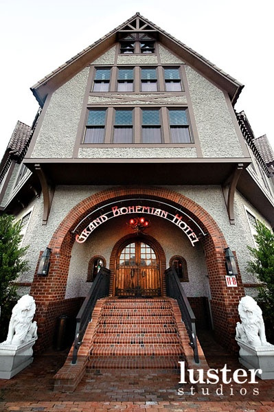 The grand entrance to the Grand Bohemian Hotel Asheville