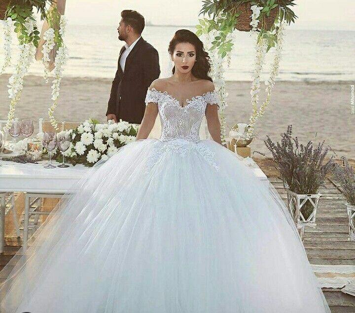 11 best Gelinlik images on Pinterest   Short wedding gowns, Wedding ...