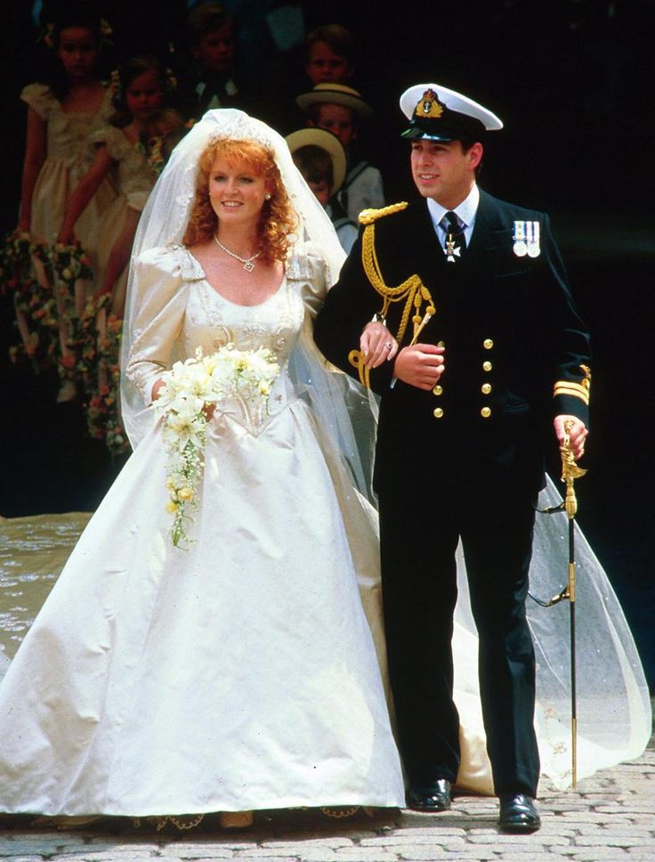 Sarah Ferguson marries Prince Andrew in a Lindka Cierach wedding dress