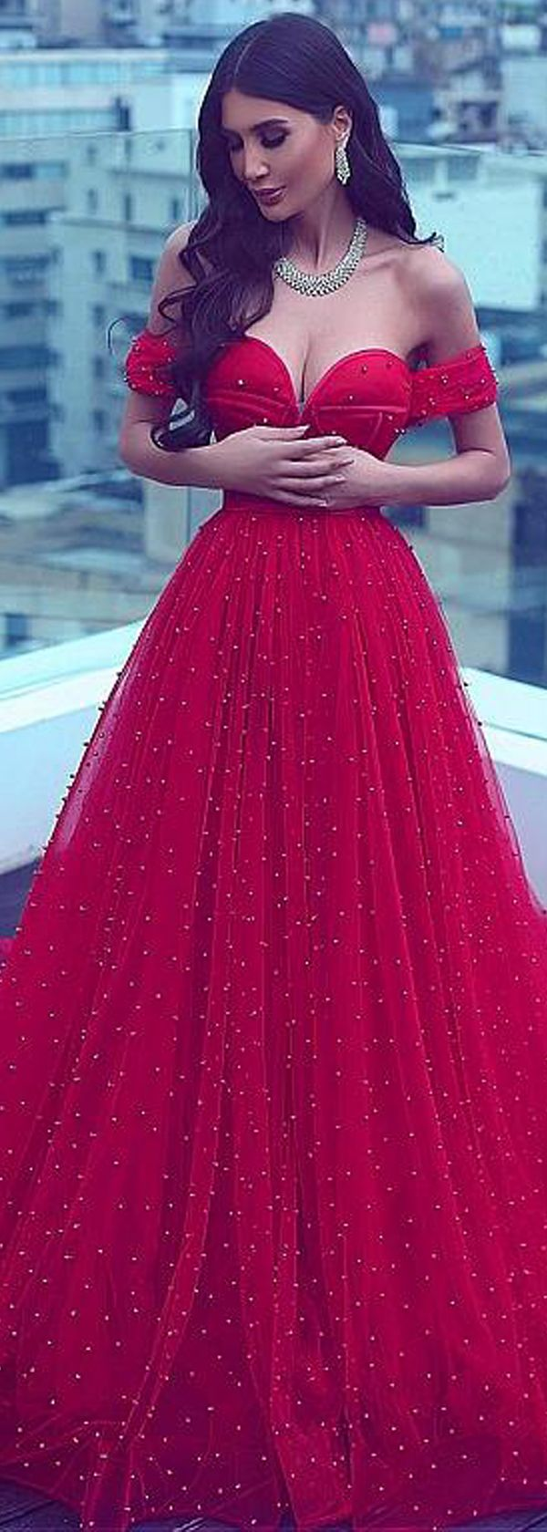 Marvelous Tulle Off-the-shoulder Neckline Backless A-line Evening Dresses With Beadings