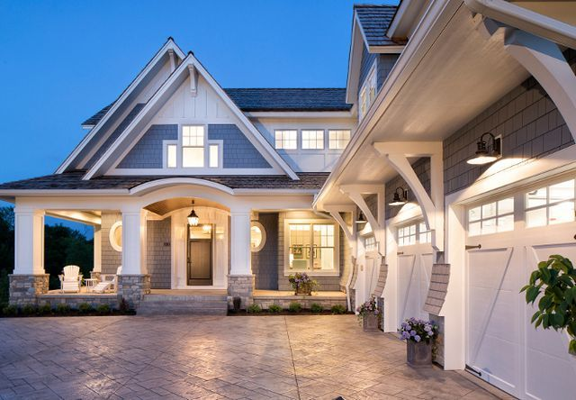 Classic Coastal Cottage Style Home Home Bunch An