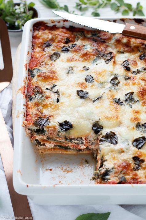 Schummel-Lasagne mit Ravioli - www.emmikochteinfach.de