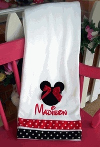 12 Best Images About Bathroom Mickey Minnie Mouse On Pinterest Disney Toothbrush Holders