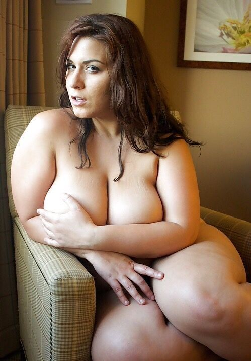 The latest Tweets from London Andrews (@londonandrews_). Plus Size Model.