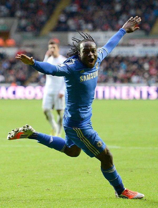 Victor Moses celebrates scoring his goal
