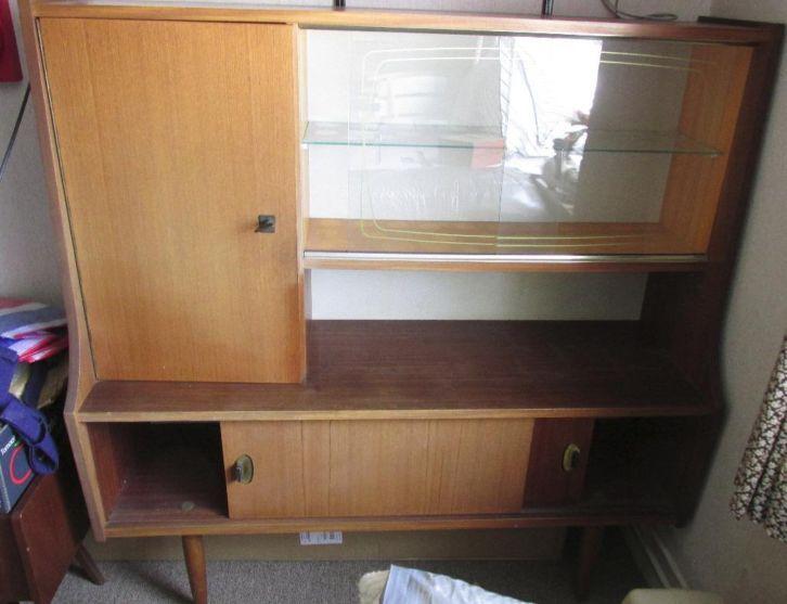 Mooie vitrine kast uit de jaren 60 gratis marktplaats for Ladenblok marktplaats