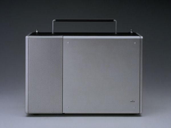 DesignMuseum-T-1000-2-Portable-radio