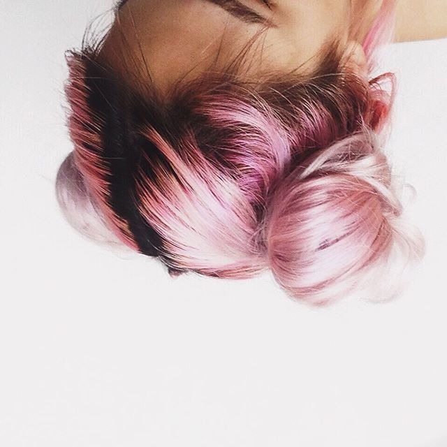 Upside down space buns ✨ used la riche directions carnation pink for the roots…
