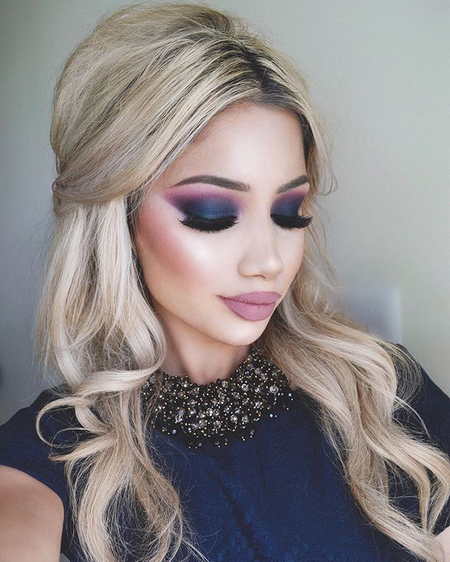 Navy blue eye Makeup Idea!   Check now this amazing Holiday makeup