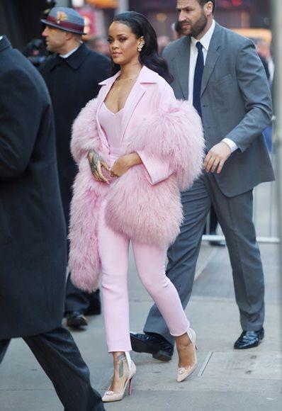 Rihanna's fashion weekend: six looks, many likes