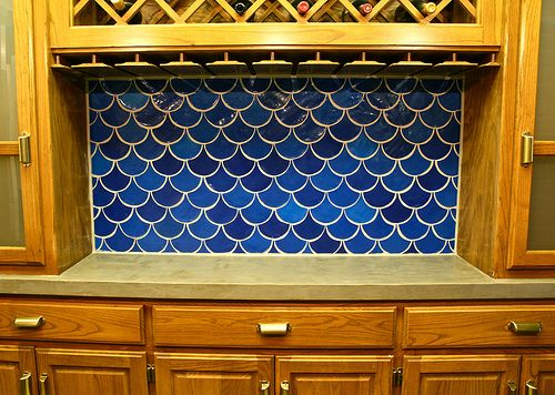 DIY fish scale tile. This tile is hard to come by, saving for later. I will do this!