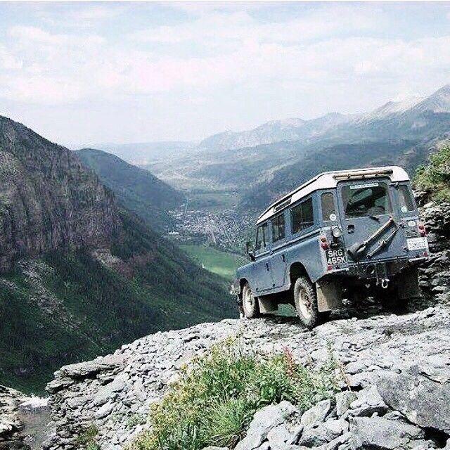 // Land Rover Defender/Series