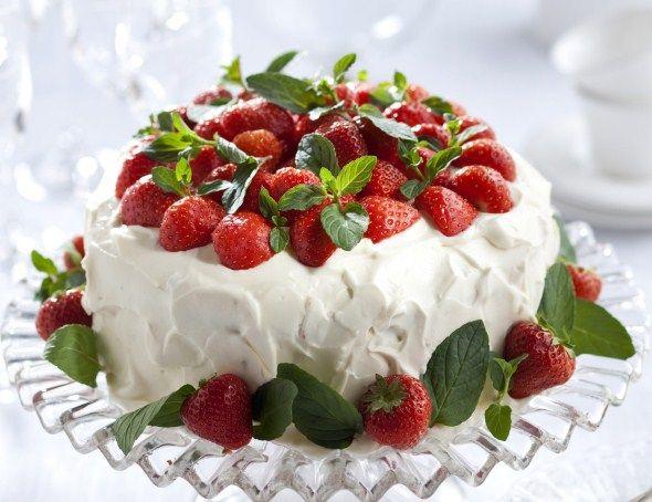 Strawberry cake - 9 x upea täytekakku – Ruoka.fi