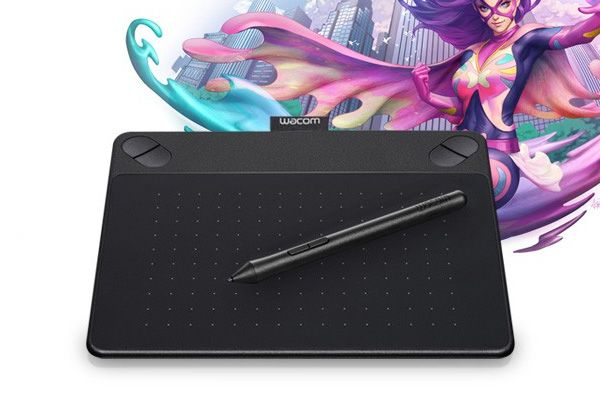 Wacom Intuos Comic Pen and Touch anime & manga digital drawing tablet