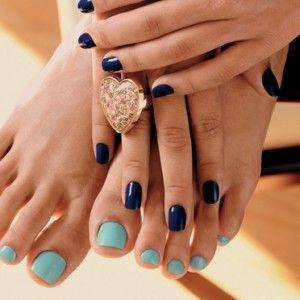 A arte de decorar as unhas atinge também as unhas dos pés, que ganham decorações exclusivas e cheias de estilo. Confira algumas dicas de decorações.