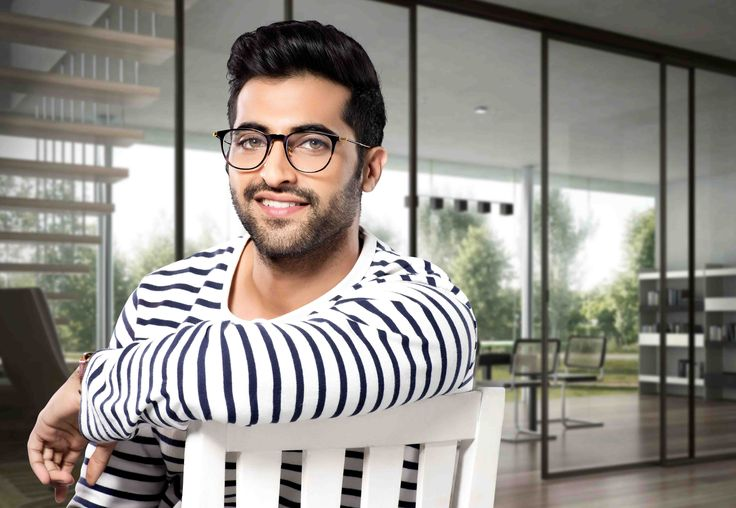 My wife loves me in glasses, says Akshay Oberoi , http://bostondesiconnection.com/wife-loves-glasses-says-akshay-oberoi/,  #Mywifelovesmeinglasses #saysAkshayOberoi