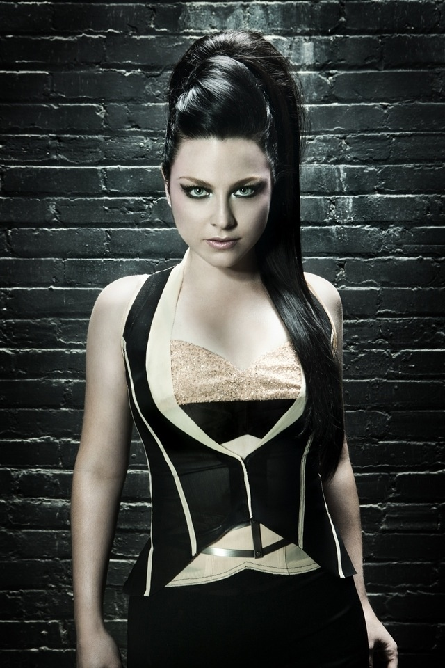 evanescence Amy naked lee