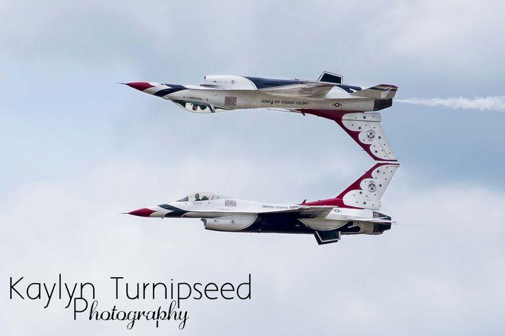 Thunderbirds at the Battle Creek Field of Flight Air Show & Balloon Festival 2016!