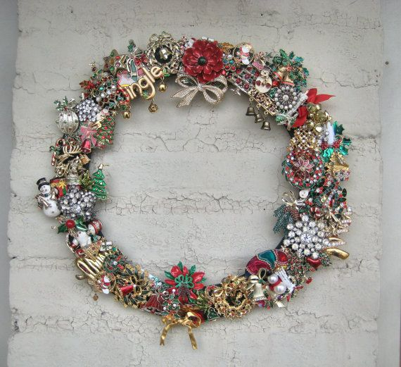 Vintage Christmas Brooch Wreath: Make Base And Pin My