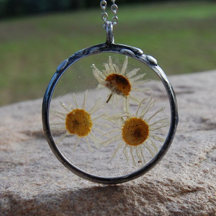 Pendant with natural flower,C331 ,romantic jewelry,terrarium necklace,gift for her,wedding jewelry,real plant jewelry,resin jewelry,boho by Artseko on Etsy