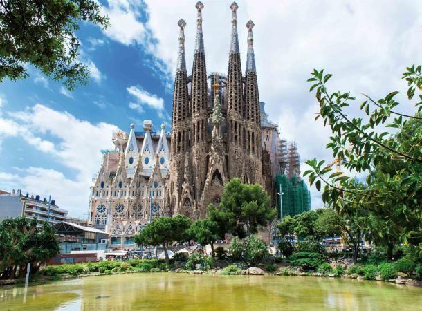#barcelone #barcelona #барселона #чтопосетить #чтопосмотреть #достопримечательности #саградафамилия #достопримечательностибарселоны Саграда Фамилия. Сколько стоит отпуск в Барселоне | Барселона10 - путеводитель по Барселоне