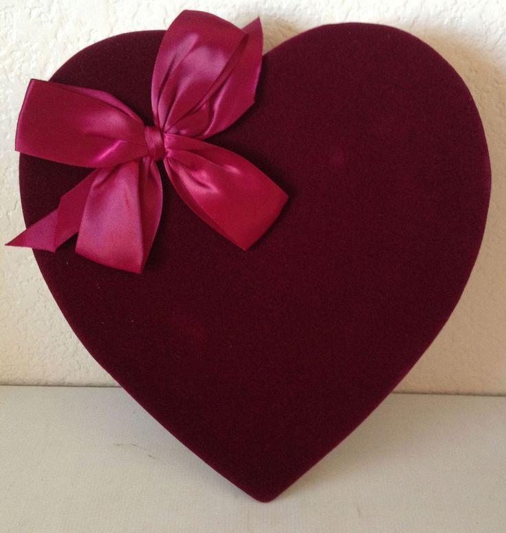 Hersheys Pot Of Gold Burgundy Velvet W/Bow Valentine Heart