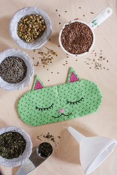 DIY Aromatherapy 'Cat Nap' Eye Pillows + Free Sewing Pattern