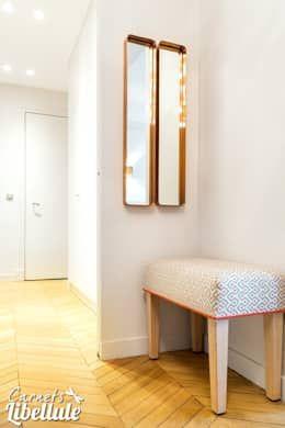 modern Corridor, hallway & stairs by Carnets Libellule