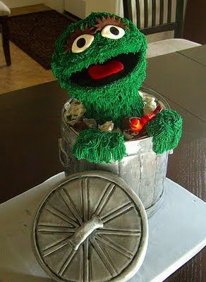 This Oscar the Grouch cake is almost too pretty to eat!