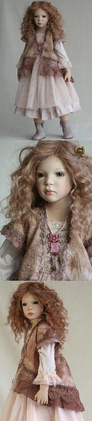 "Zawieruszynski - ""Debbie"" - 2010  30 inches tall Vinyl Doll - LE -"