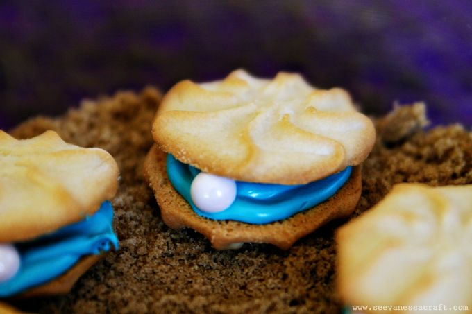 Little Mermaid Party --oyster and pearl cookies