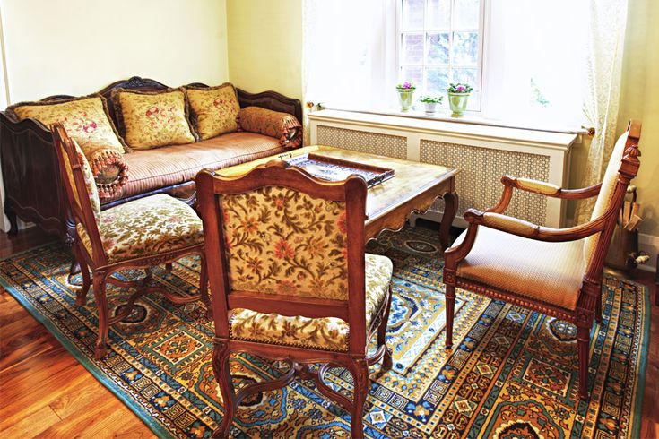 Sell your good quality Second Hand Garden Furniture to Cardiff House Clearance in Cardiff and South Wales at very reasonable prices with cheaper and faster service.