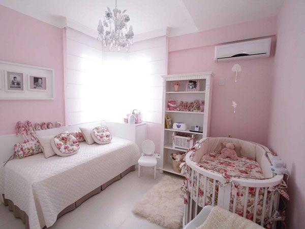 Resultados da Pesquisa de imagens do Google para http://babies.constancezahn.com/wp-content/uploads/2011/06/quarto-bebe-menina-rosa-bege-floral-001.jpg