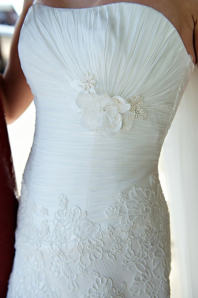 80 best Wedding Dresses images on Pinterest | Wedding frocks ...