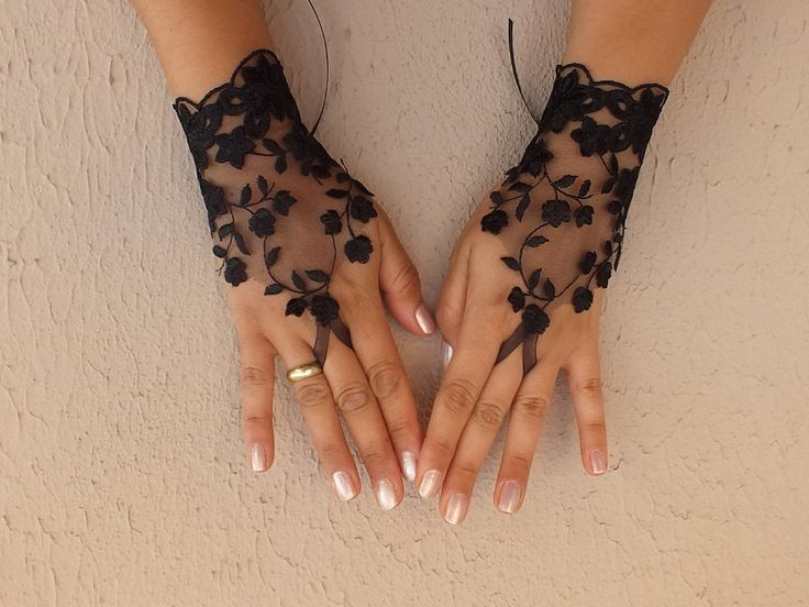 Black tulle lace gloves embroidery bridal wedding by Worldofgloves, $25.00