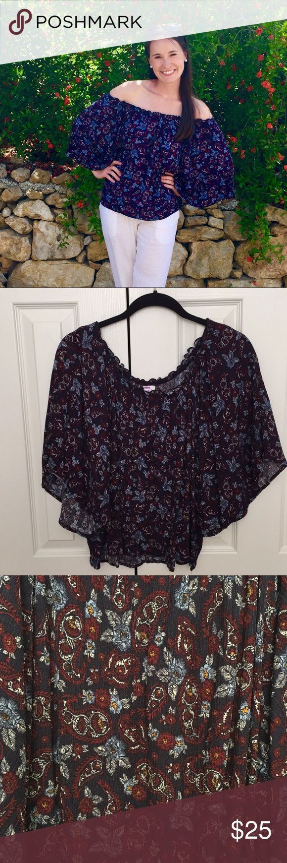 Off the shoulder top Francesca's off the shoulder top. Elastic band for fit around he shoulders. Excellent condition- worn once. The colors look more vibrant when outside (similar to the first picture). Francesca's Collections Tops