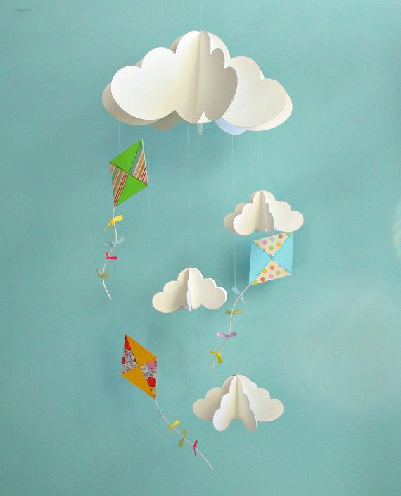 Kites and Clouds Hanging Paper 3D Mobile Baby par goshandgolly, $43,00